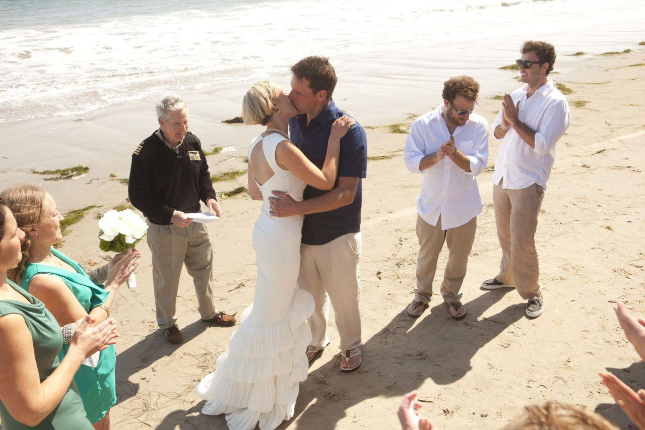 California wedding on the breach
